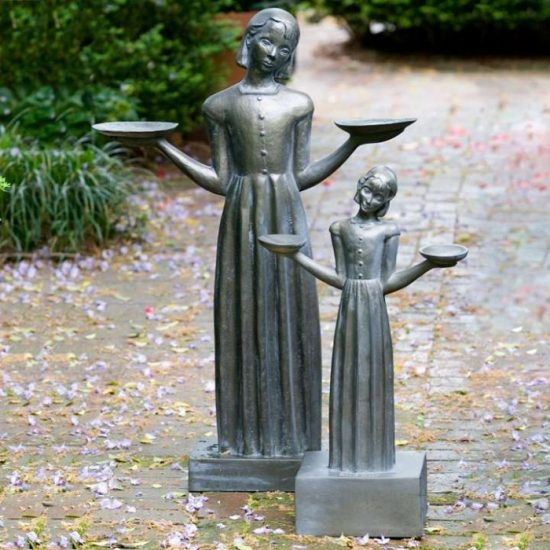 bird-girl-statue