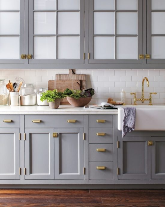 kitchen-brass-hardware