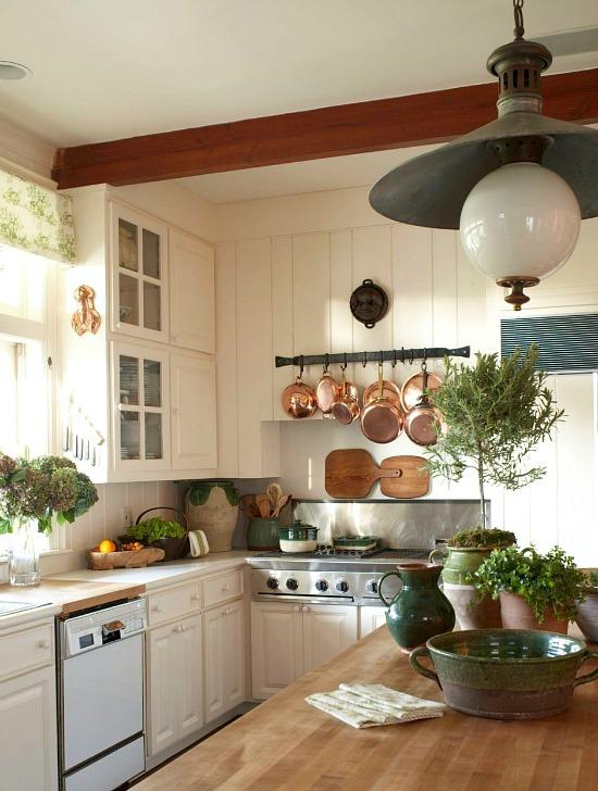 NE Home kitchen cast iron pig mold