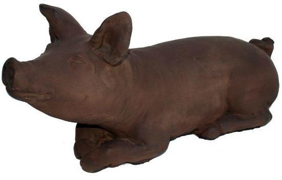 nichols-bros-stoneworks-cast-iron-brother-pig-garden-statue