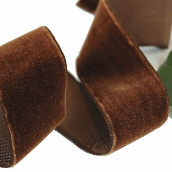 brown-velvet-ribbon