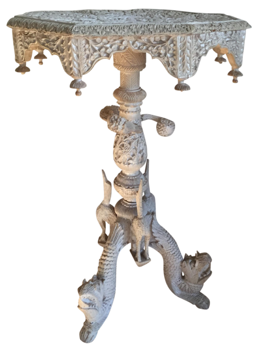 animal-motif-table