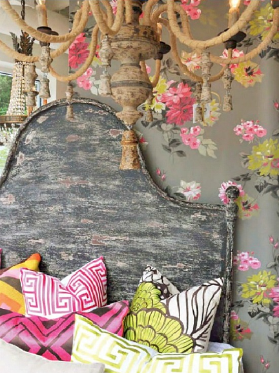 gray-pink-green-wallpaper-throw-pillows