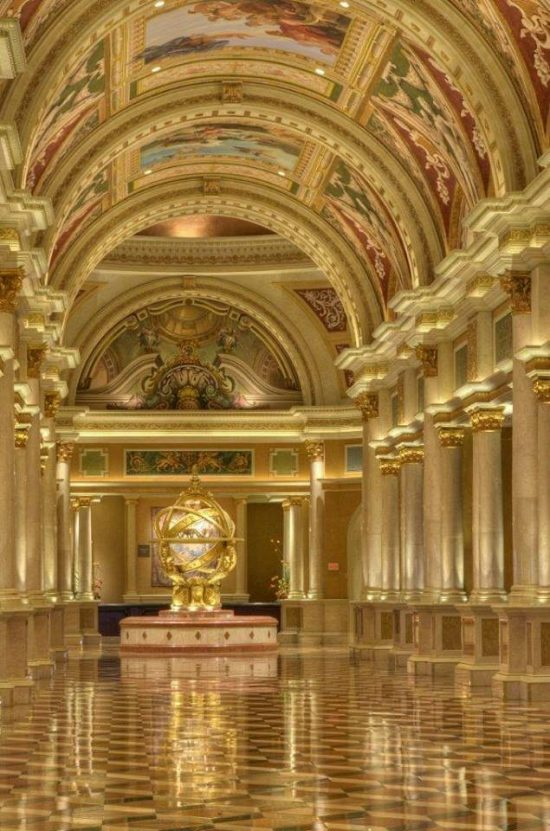 Venetian-hotel-lobby