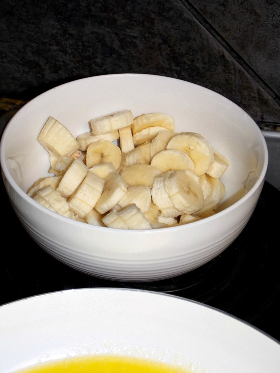 sliced-bananas