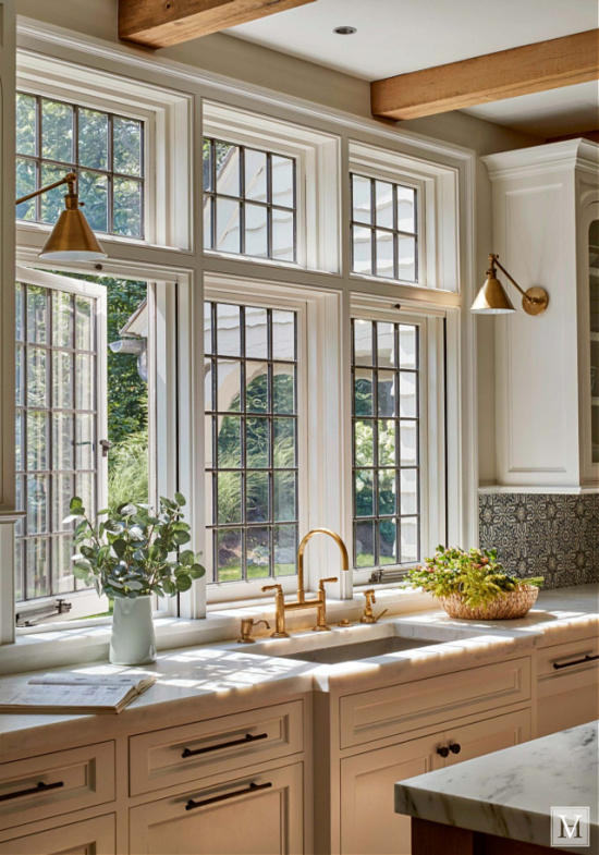 hilltop-english-country-kitchen-marble