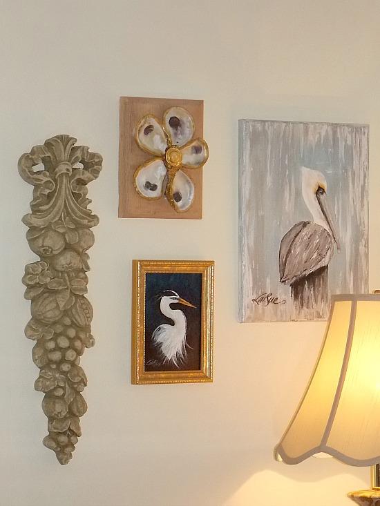 dining-room-gallery-wall