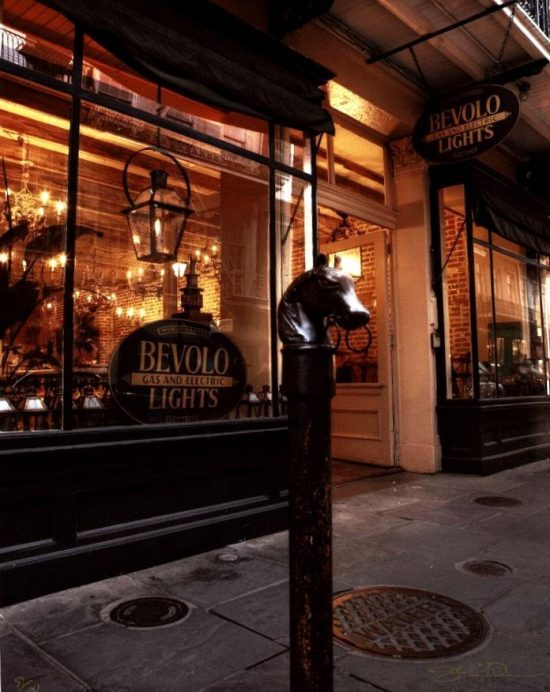 Bevolo-lights-new-orleans1