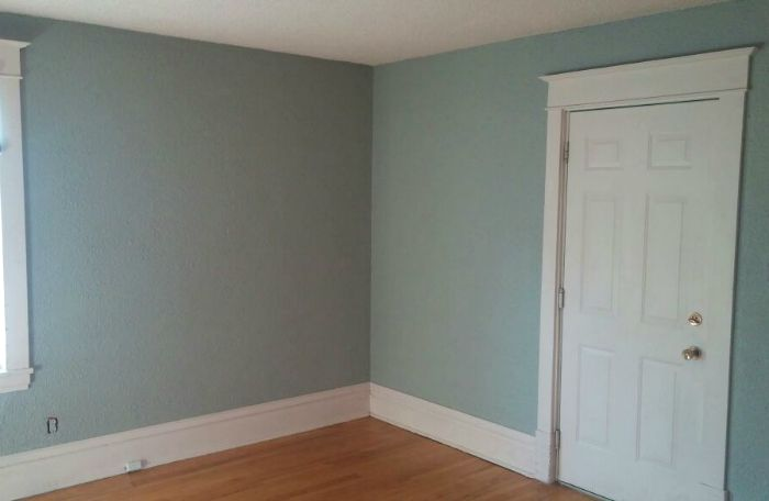 rental-master-bedroom-paint