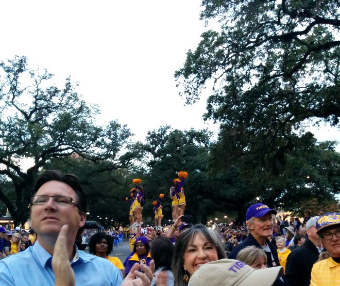 LSU-cheerleaders