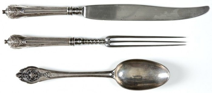 silver-flat-ware