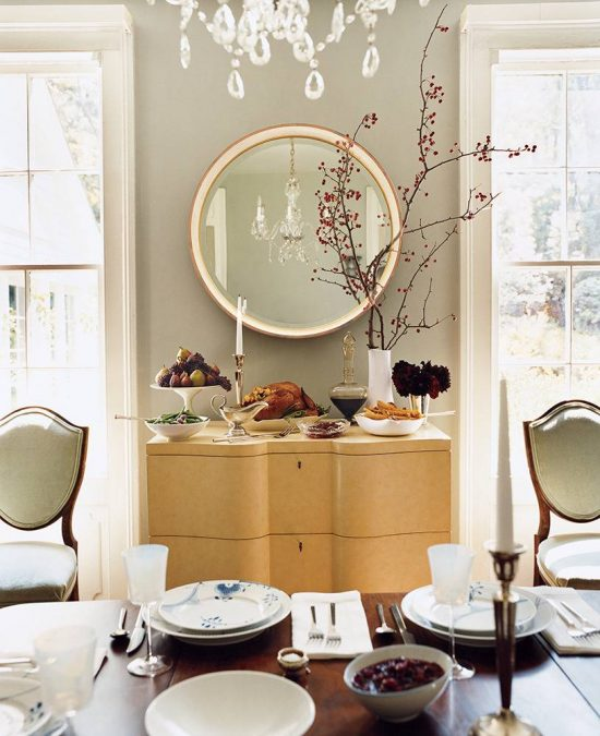 4-small-space-entertaining-tricks-taupe-dining-room-51f77a019ac35fe56bcf5fc3-w1000_h1000