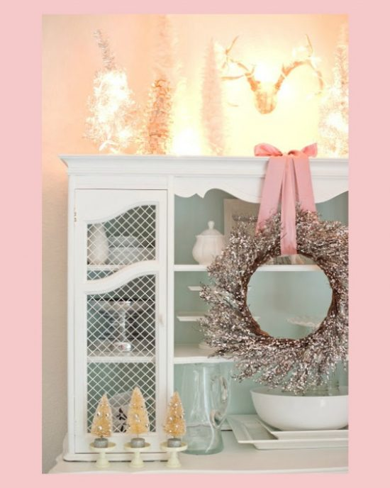 rose-quartz-Christmas-wreath