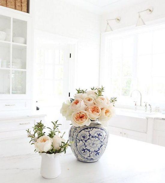 flowers-in-kitchen
