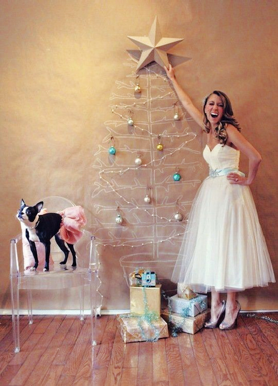 Christmas-tree-on-wall-tulle-skirt