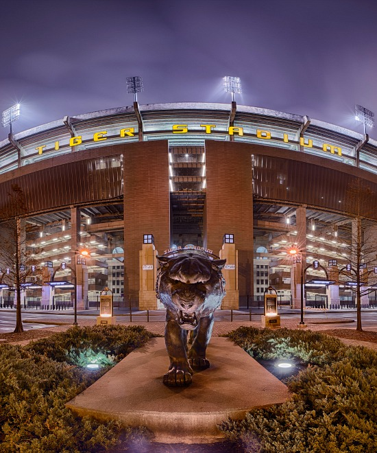 LSU_Stadium_night