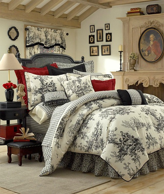Bouvier Comforter set
