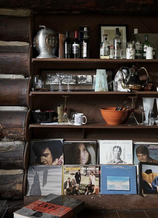 Leanne-Ford-cabin-vintage-albums