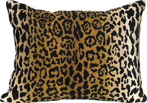 Leopard+Velvet+Lumbar+Pillow+1