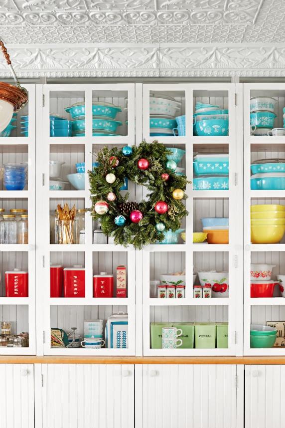 diy-christmas-wreath-ideas-shiny-brite-David-Tsay CL
