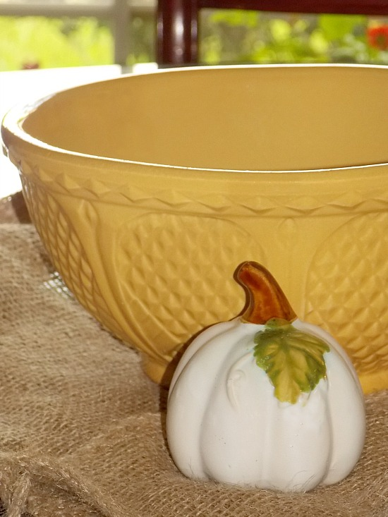 patterned-yellow-mixing-bowl