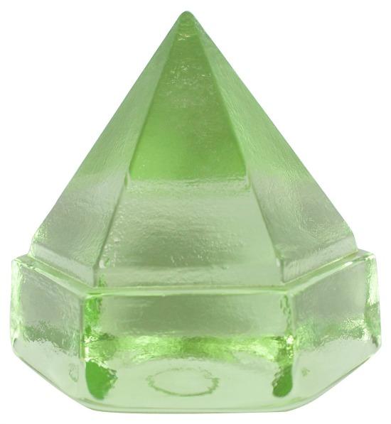 greenery-desk-prism