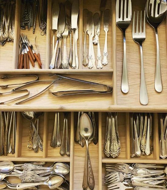 Plain-English-Design-silverware-drawer