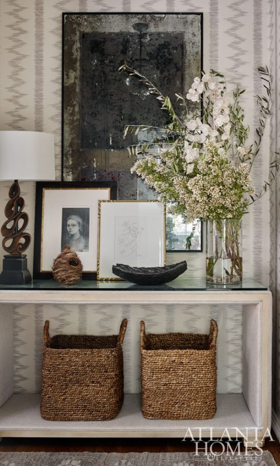 AHL, Holiday House