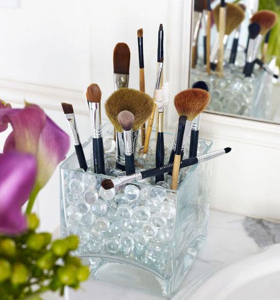 make-up-holder