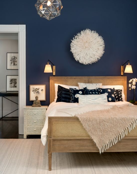 navy-bedroom-walls