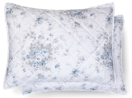 blue-white-flower-sham