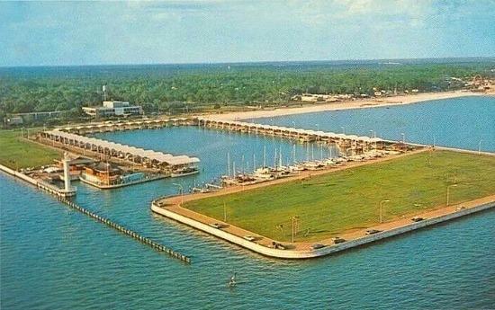 broadwater marina