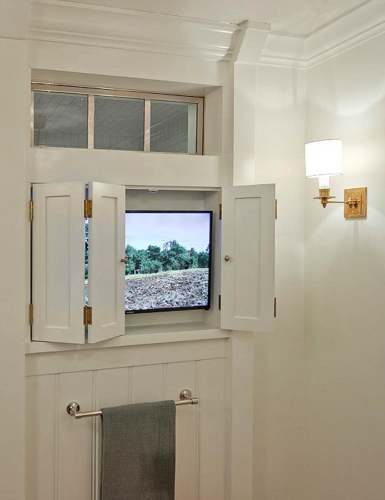 Tim-Barber-television-bathroom