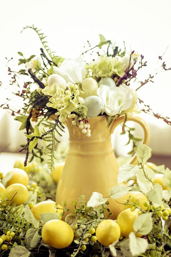 decorative-lemon-arrangement