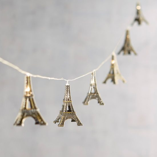 Eiffel-Tower-string-lights