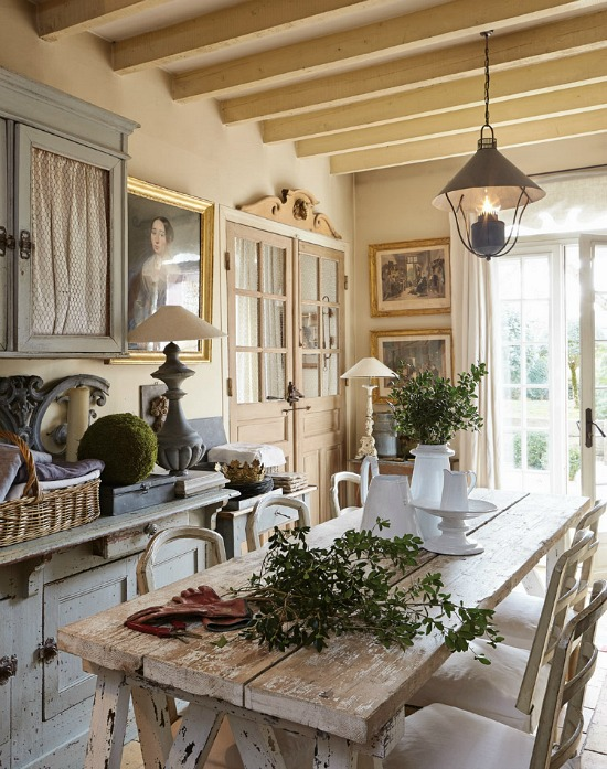 French refined kitchen