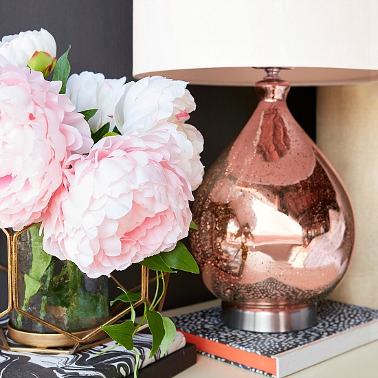 blush-teardrop-table-lamp