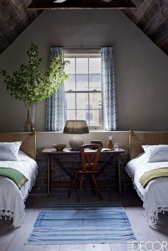 twin-beds-bedroom