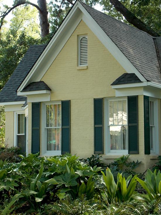 yellow-brick-cottage