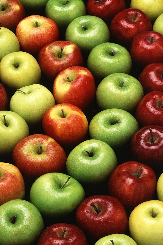 fall-Apples-red-green