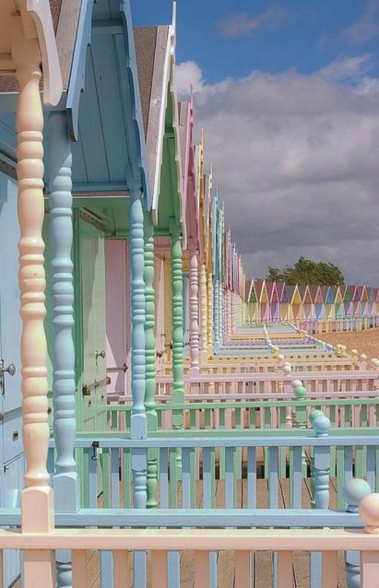pastel-huts