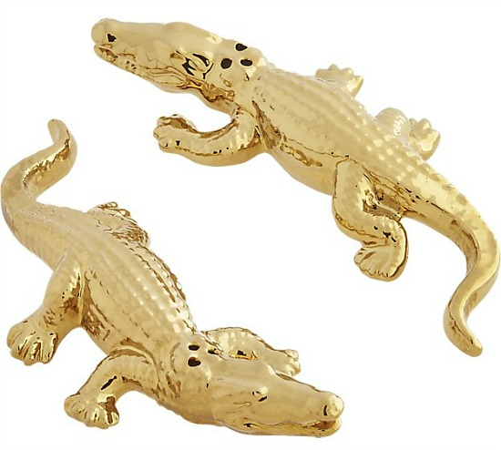 2-piece-gold-alligator-salt-and-pepper-set