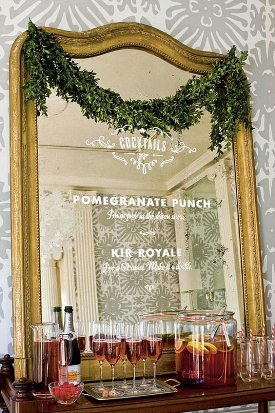 bar menu mirror