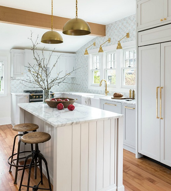 brass-accents-kitchen