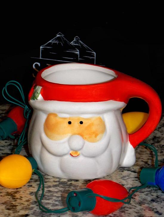vintage-Santa-mug-lights