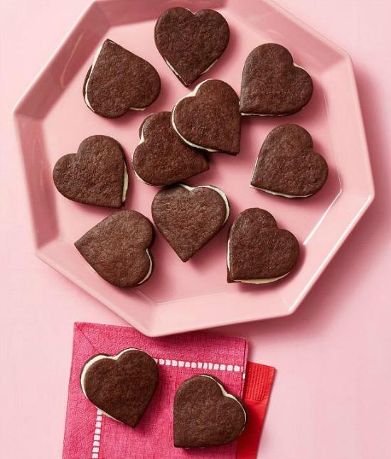 chocolate-sandwich-cookies