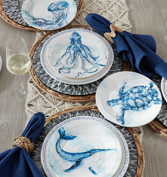 coastal-plates-blue-white