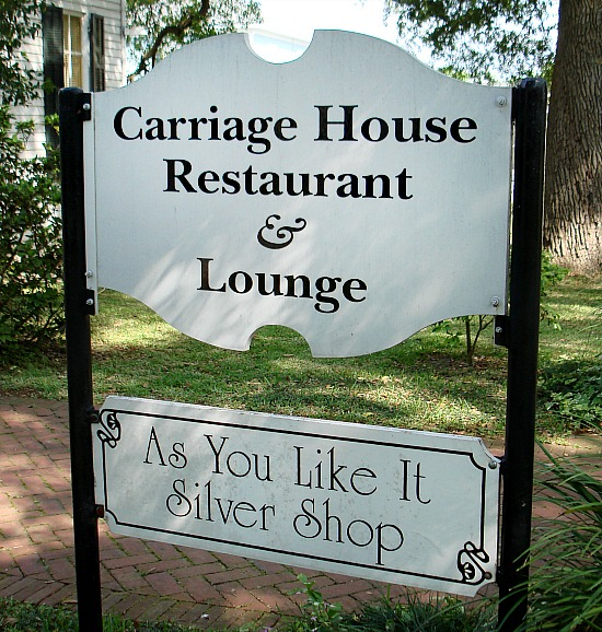 Carriage-House-Restaurant