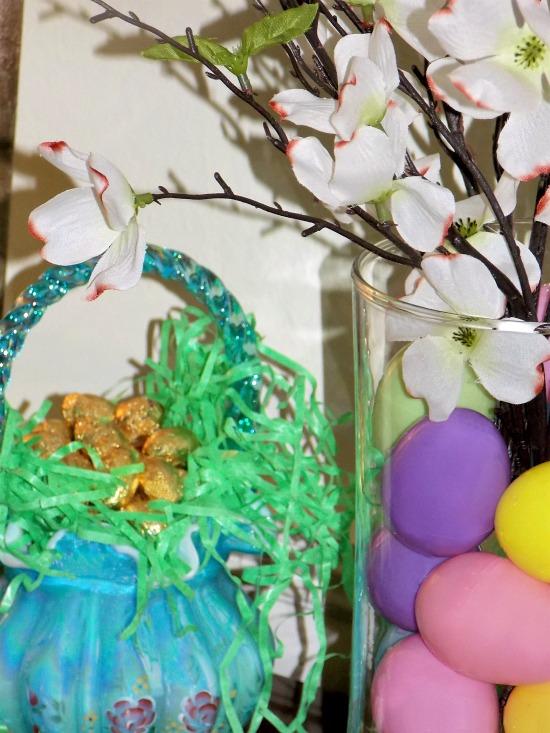 Easter-eggs-vase