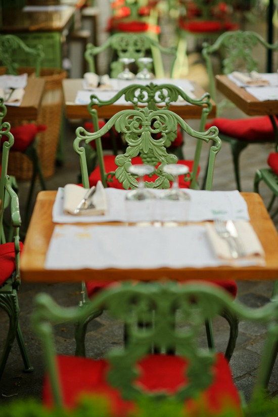 French-bistro-green-chairs